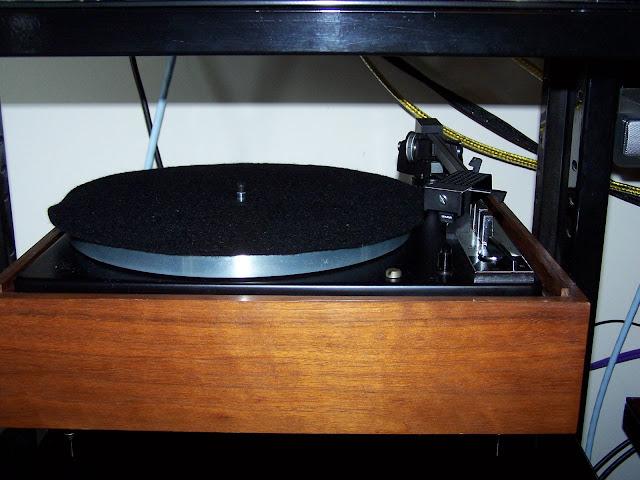 Sistema audio quasi-vintage... com algumas pontas novas  101_5633