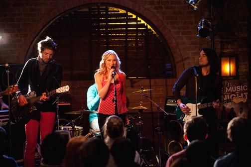 Momento American Idol da semana: Candice Accola solta a voz em The Vampire Diaries