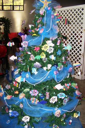 christmas tree fish 2010.png