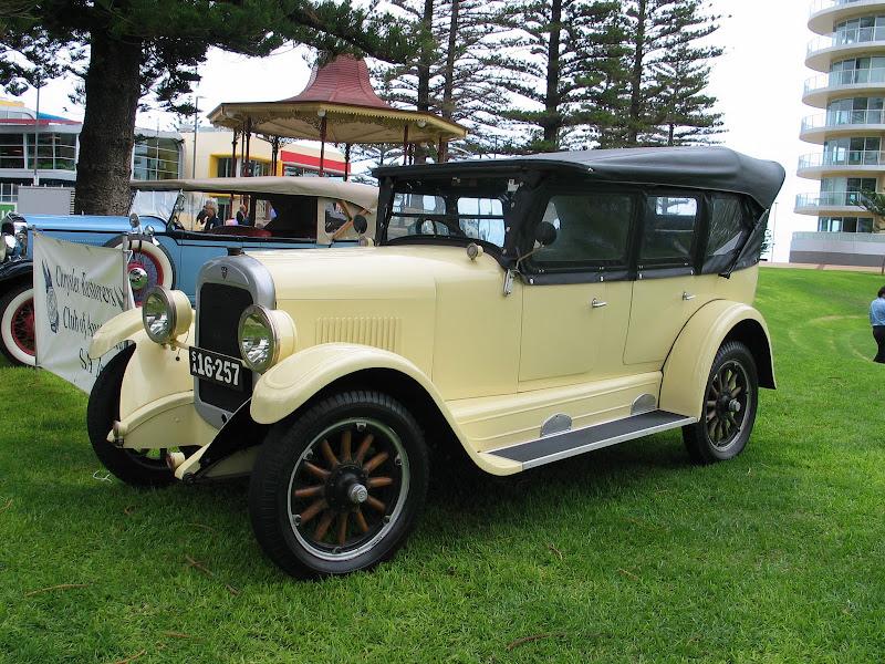 Chrysler Restorers Club of Australia, SA Inc Home Page