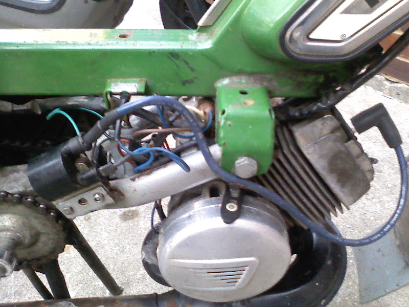 Fast, Cheap and Out of Control: Peugeot 103 Ignition coil re
