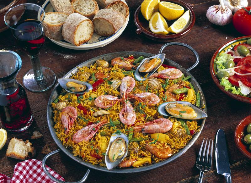 ES_Spanien_Spanische_Paella.jpg