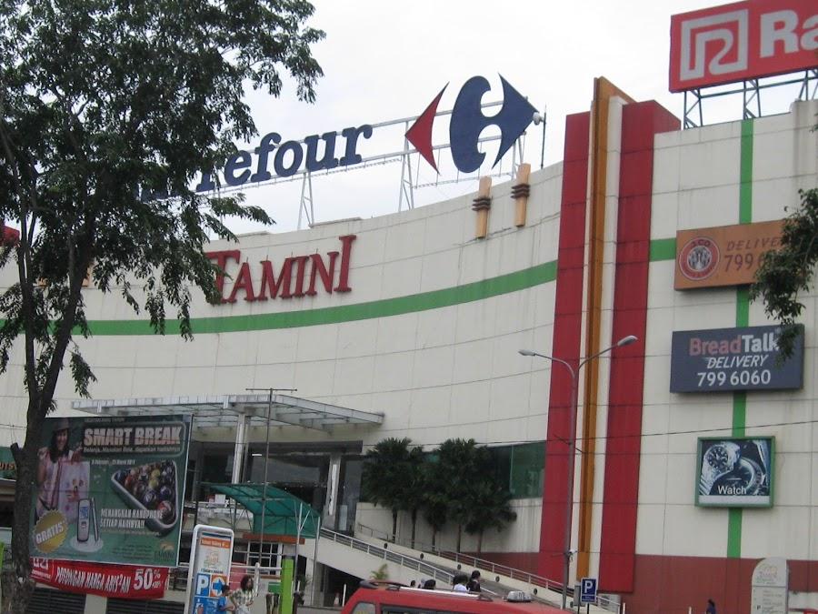 Carrefour Tamini Square Indonesia