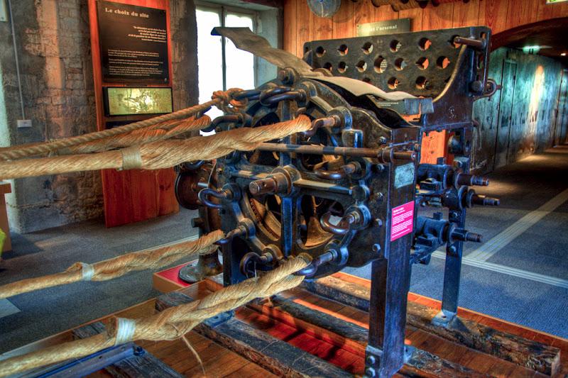 La machine à corder (Corderie Royale de Rochefort)... 20100812_09_Corderie_machine_corde_D90_DSC_0277-HDR