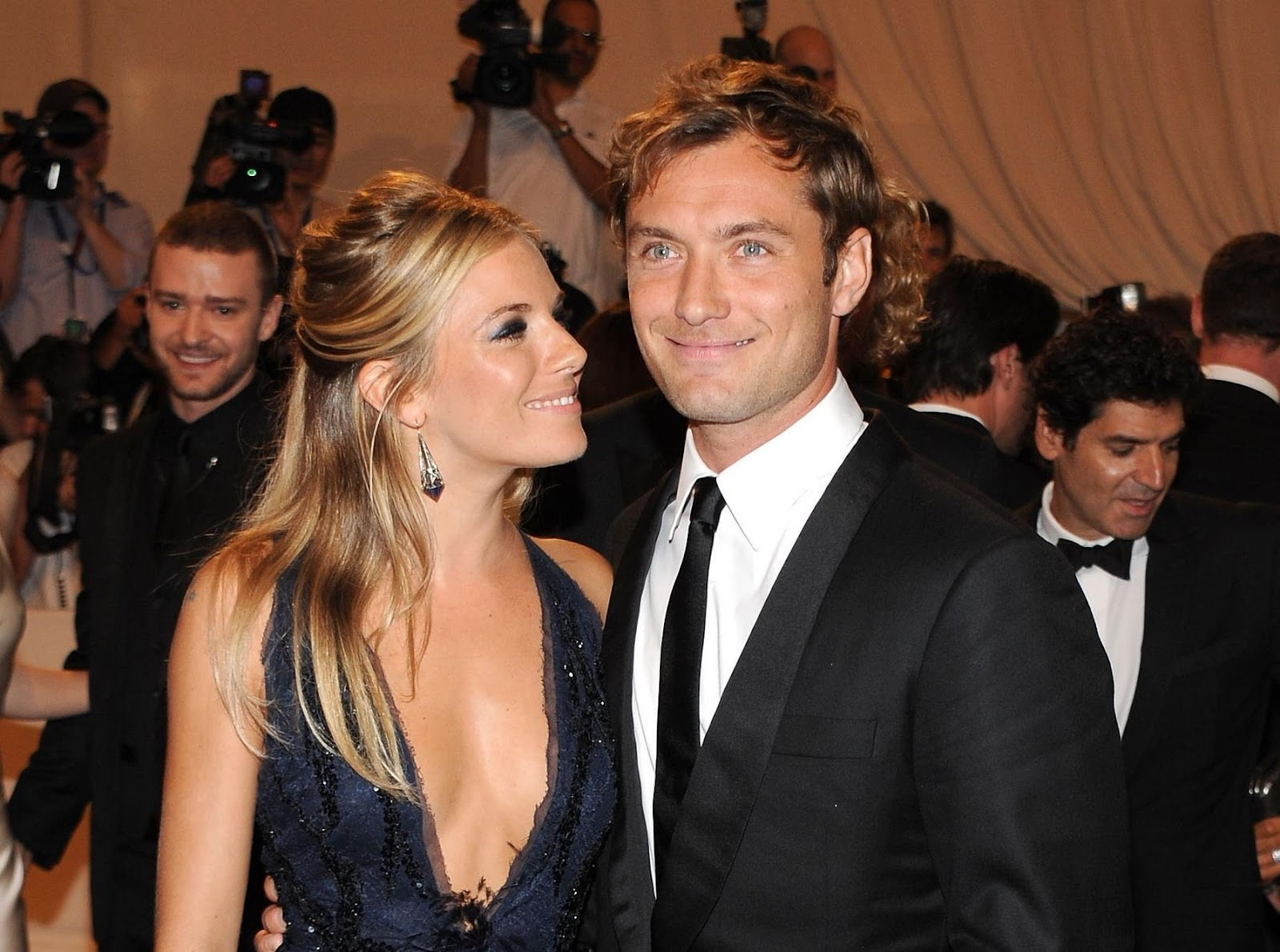 Famous men who had an affair with babysitters