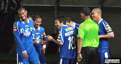 Persib Bandung Berita Online | simamaung.com » Hilton Berharap Diturunkan Melawan Persipura
