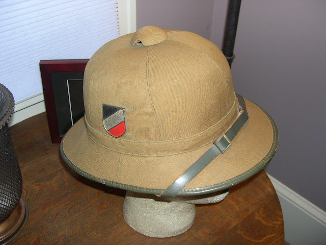 AFRIKA KORPS FORUM / How about them Pith Helmets!