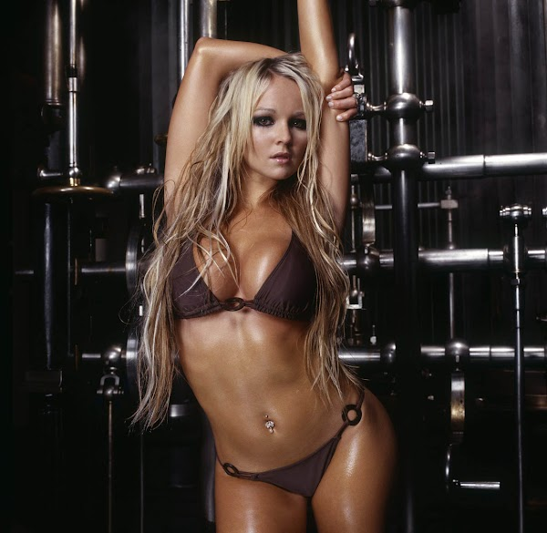 Miss COED: Jennifer Ellison(Safe For Work-2photos)2