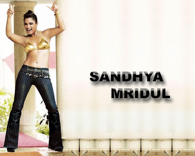 Sandhya Mridul Posses Happyness - Hd Latest Tamil Actress -6067