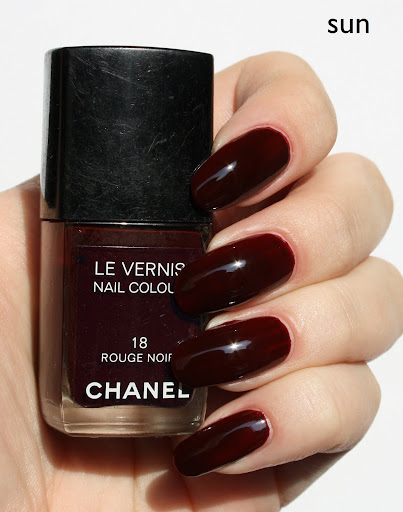 rouge noir chanel nail polish nails. Black Bedroom Furniture Sets. Home Design Ideas