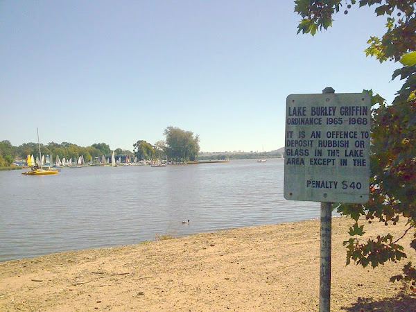 lake burley griffin signage