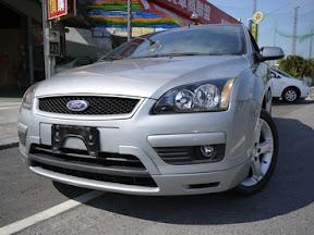 Ford,Focus,頂級配備,四門房車,外型年輕