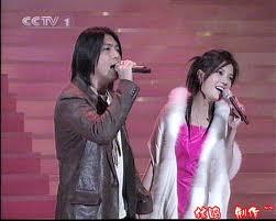 Bài hát: Ấm áp - Triệu Vy & A Đỗ - 温暖-阿杜 赵薇