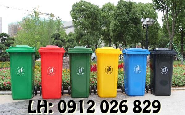 Các loại thùng rác nhựa công viên HOT nhất hiện nay - 1