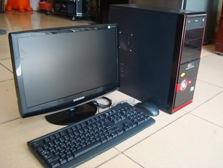 có nên mua máy tính để bàn cũ