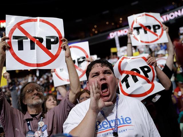 Bernie-Sanders-Supporters-Delegates-DNC-AP-640x480.jpg