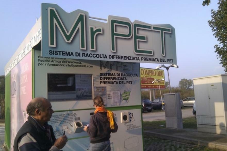 """""""Idea Progetto raccolta DifferenziAMOla 2.0"""" Proposta per migliorare la raccolta differenziata dei rifiuti nella Città di Reggio Calabria 8"""