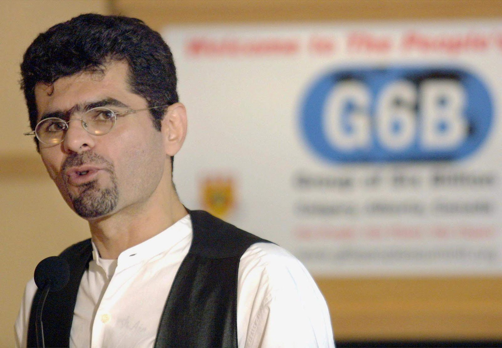 Saren Azer shown in Calgary on June 21, 2002 (Jeff McIntosh / The Canadian Press)