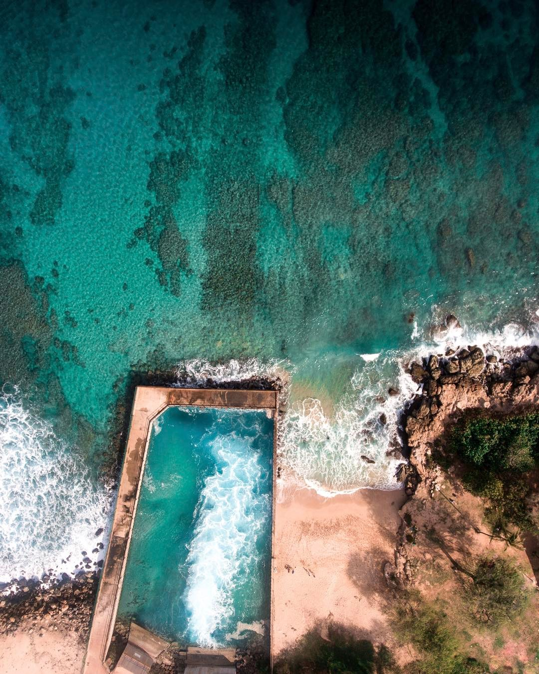Electric Beach - 15 Best Beaches on Oahu