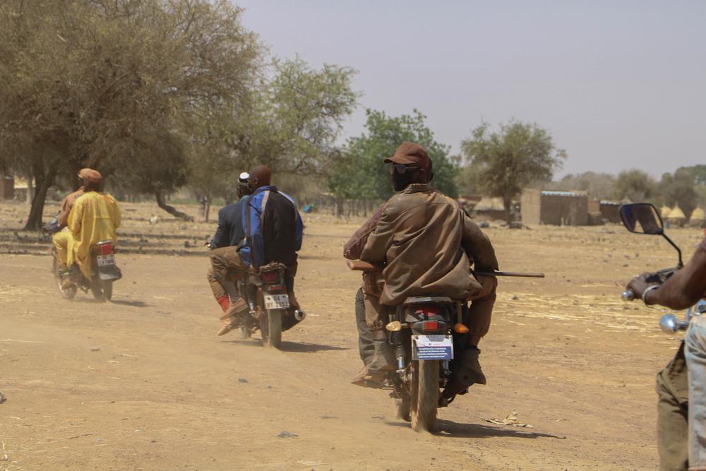 Image of Koglweogo members travelling in convoy in Burkina Faso