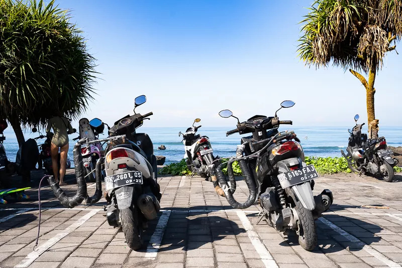 rental scooter frauds - Is Bali safe for couples ? Common Scams in Bali.