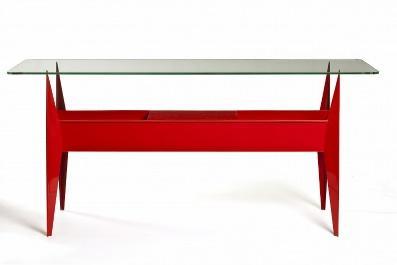Une image contenant table, meubles, table de travail  Description générée automatiquement