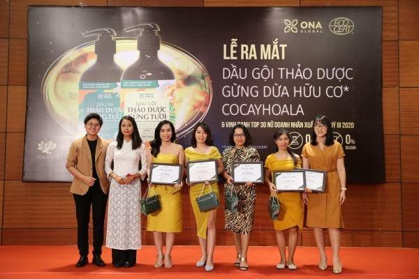 """ONA Global tưng bừng tổ chức Lễ vinh danh """"Top 30 nữ doanh nhân xuất sắc nhất của quý III năm 2020"""" - Ảnh 4"""