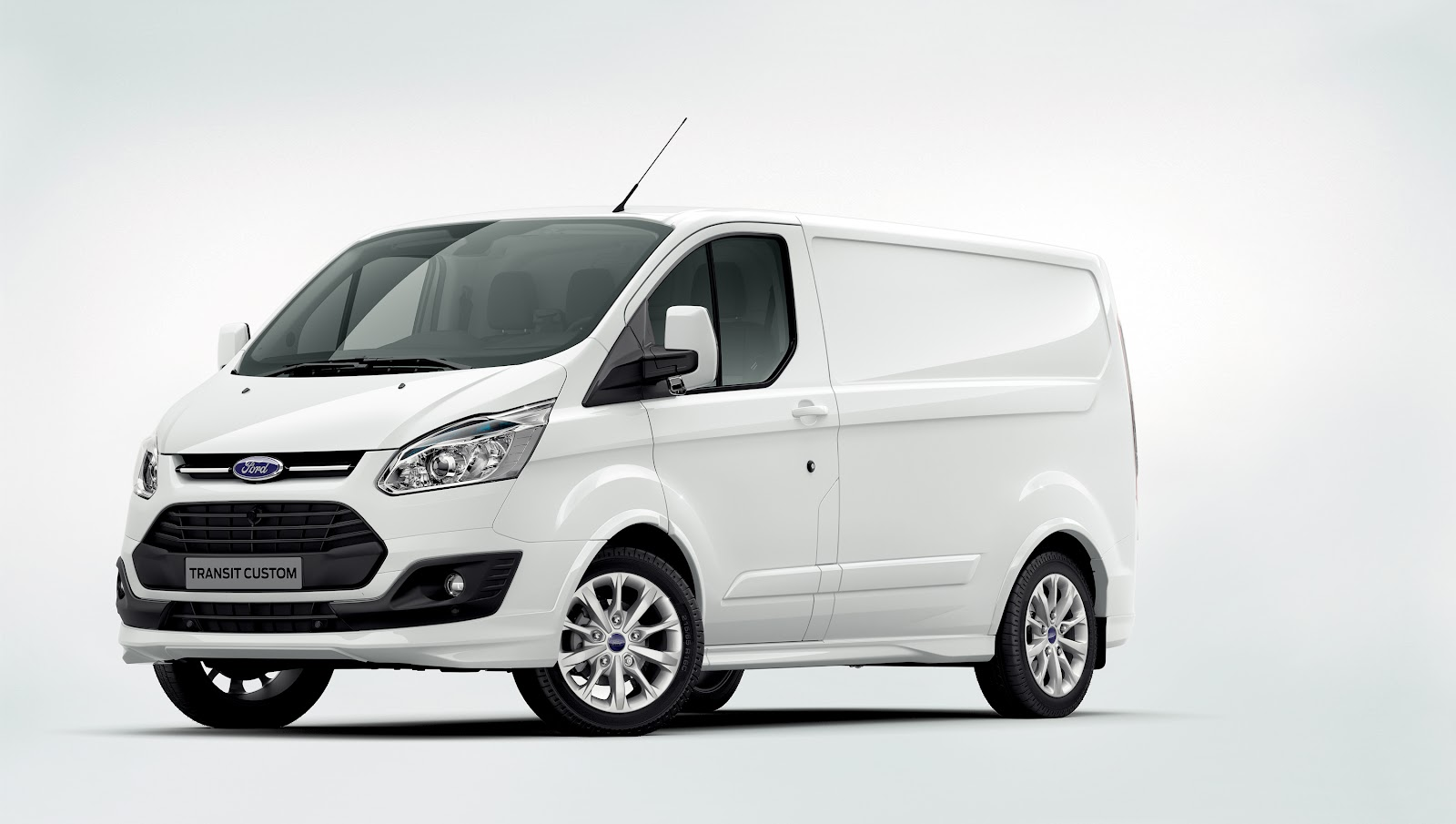 Ford_Transit_Custom_header.jpg