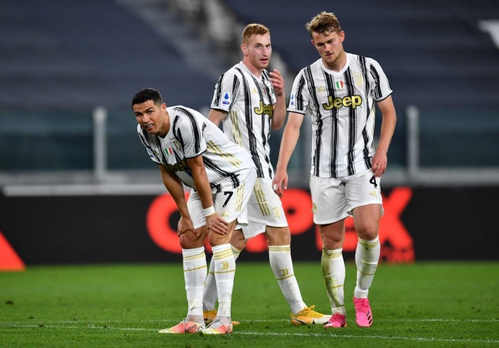 Juventus đang trong tình hình khó khăn ở giai đoạn cuối mùa
