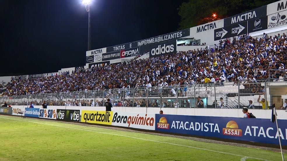 Torcida da Ponte voltará a ver o time em ação (Foto: Carlos Velardi/ EPTV)