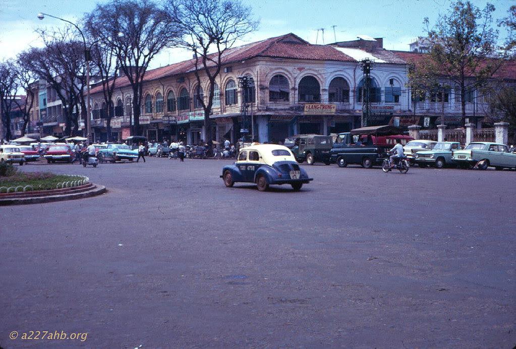 60 tấm ảnh màu đẹp nhất của đường phố Saigon thập niên 1960-1970 - 52
