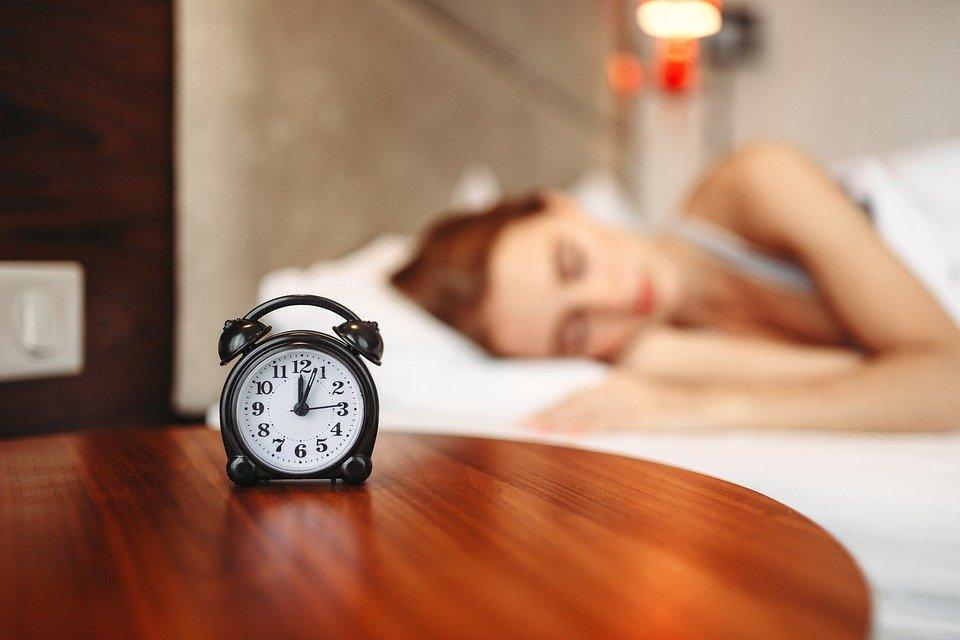 Alarm Clock, Bed, Sleep, Bedroom, Clock, Time, Girl