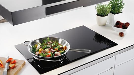 Electrolux EHI7260BA giúp bạn xuống bếp nhanh hơn, đơn giản hơn
