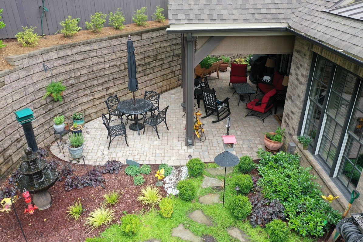 garden and patio with covered awning
