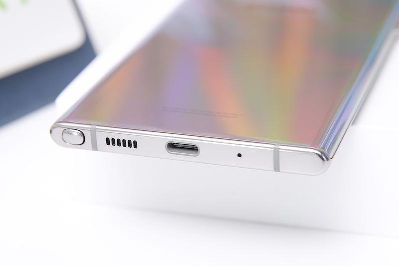 Điện thoại Samsung Galaxy Note 10+ | Khả năng sạc nhanh trên Type-C