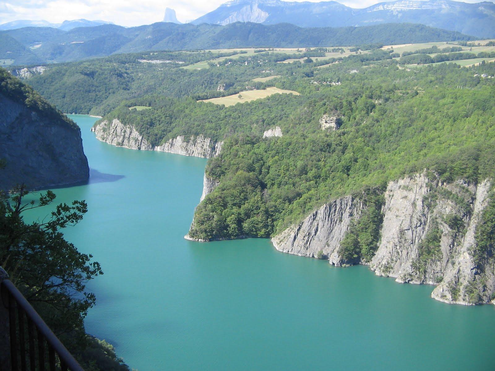 Lac_de_Monteynard_2.jpg