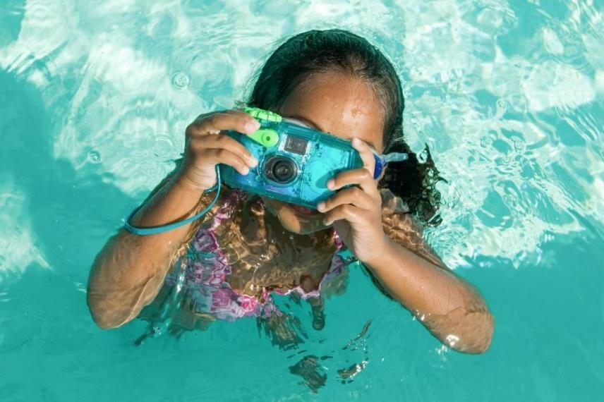 """3 เหตุผลที่ต้องซื้อ """"กล้องกันน้ำ"""" ไปทะเล3"""