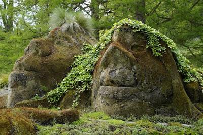 Trolls_Stone.jpg