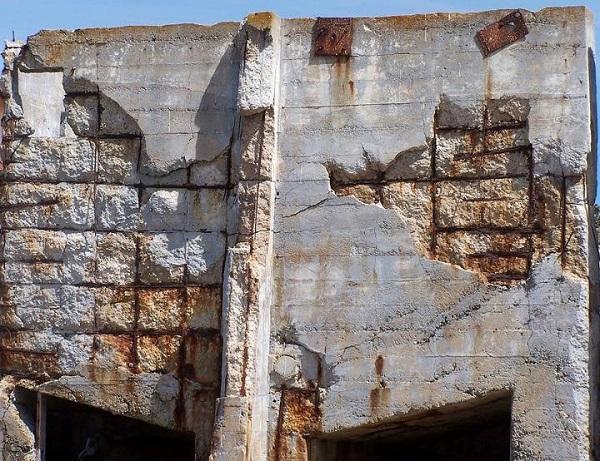 Sự ăn mòn trong bê tông cốt thép tại các công trình xây dựng