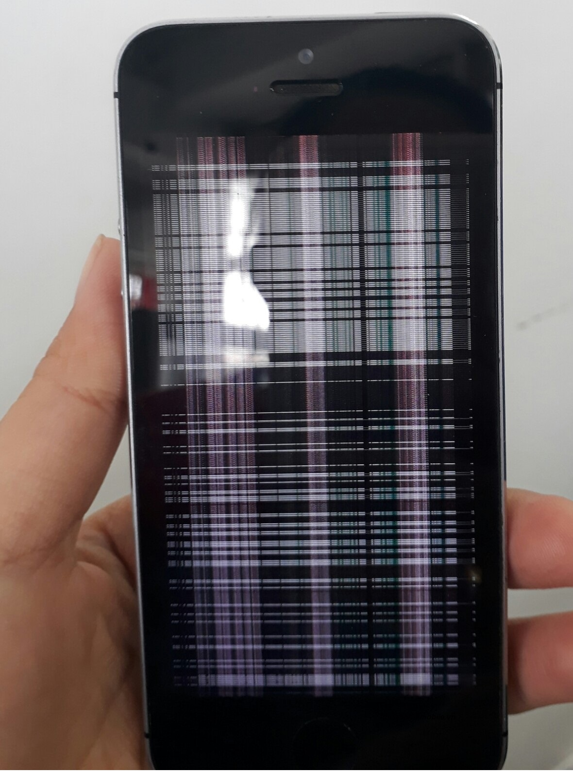 Cách khắc phục màn hình ip 6 plus bị sọc