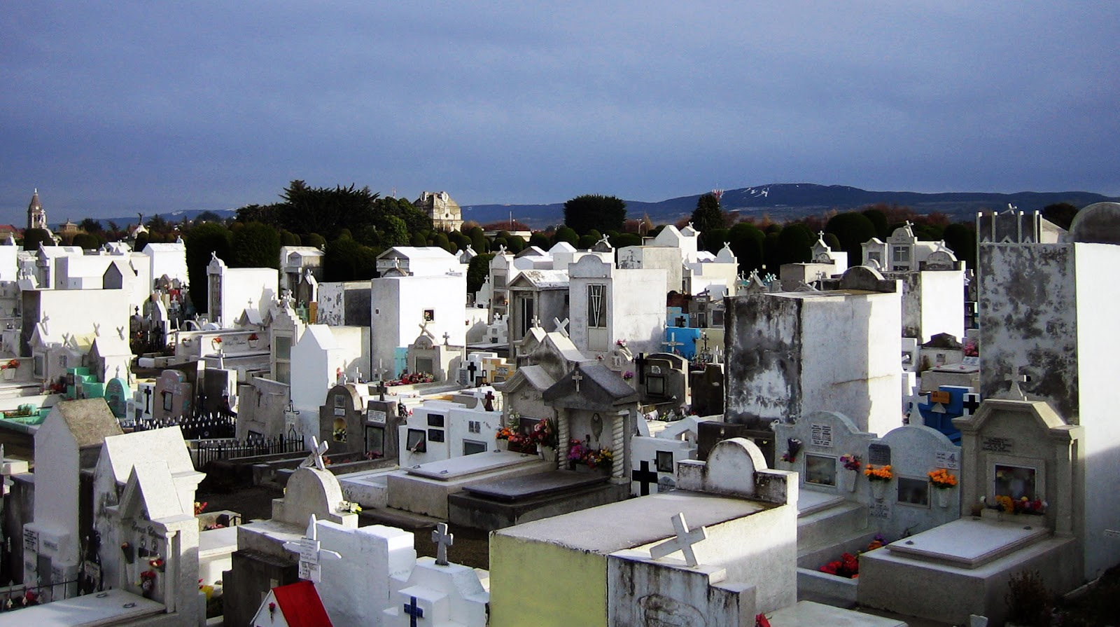 Punta_Arenas_cemetery.jpg
