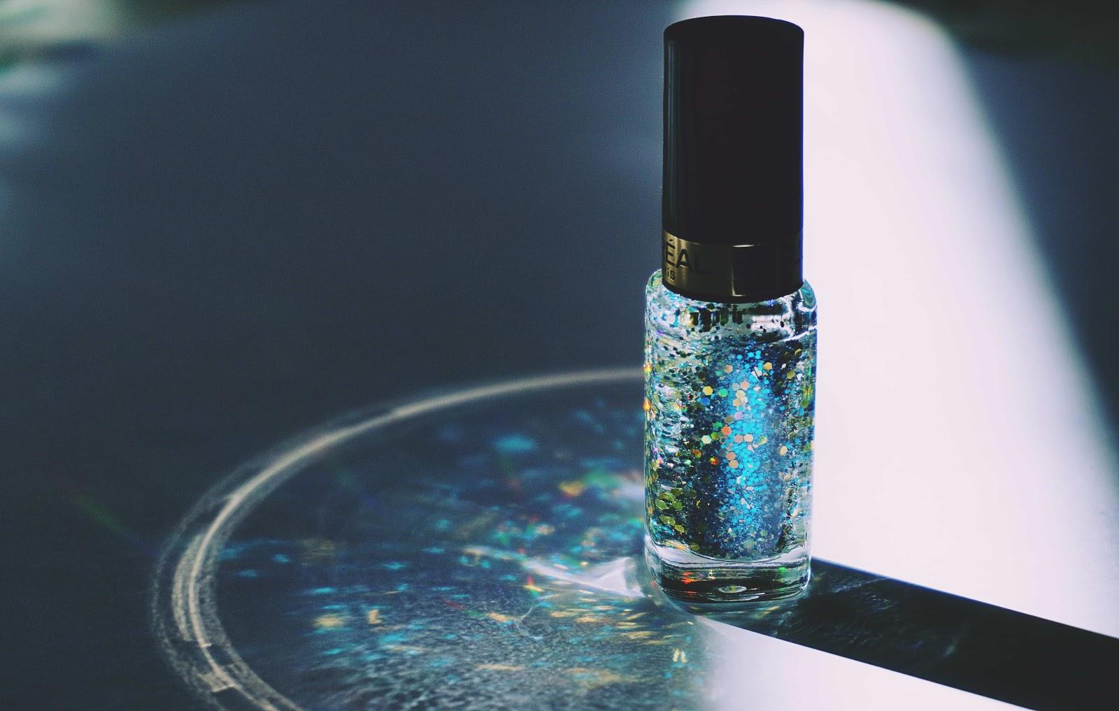 Dry the nail polish