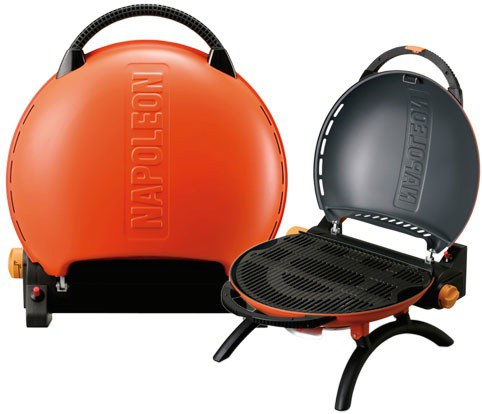 travelq-on-stand-napoleon-grills.jpg
