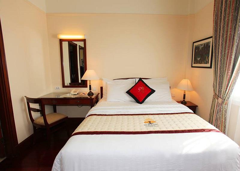 Bộ chăn ga gối khách sạn T300