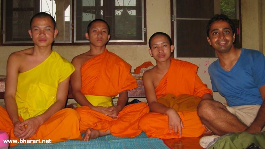 An afternoon with monks in Vientiane, Laos