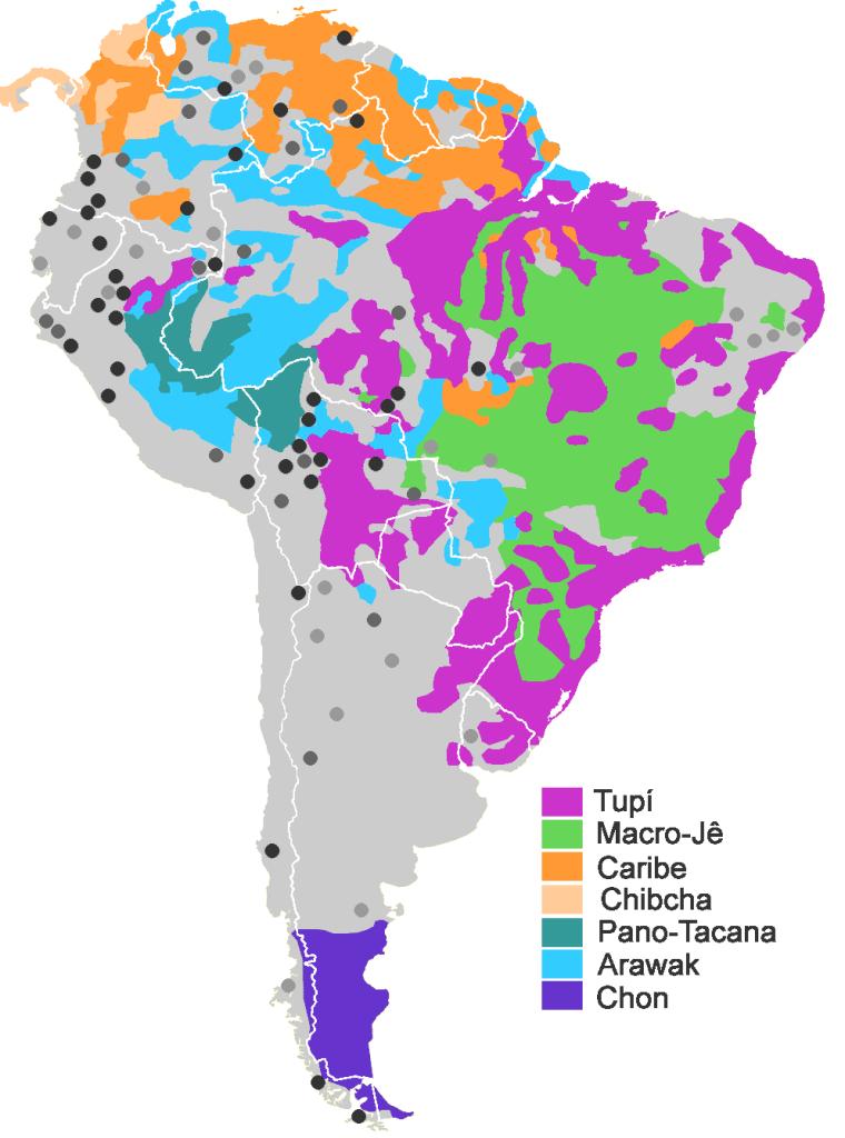 na imagem: outro mapa da américa do sul, agora em várias cores rajadas que ultrapassam os limites entre países. Representam os troncos linguísticos indígenas tupi, macro-jê, caribe, chibcha, pano-tacana, arawak e chon.