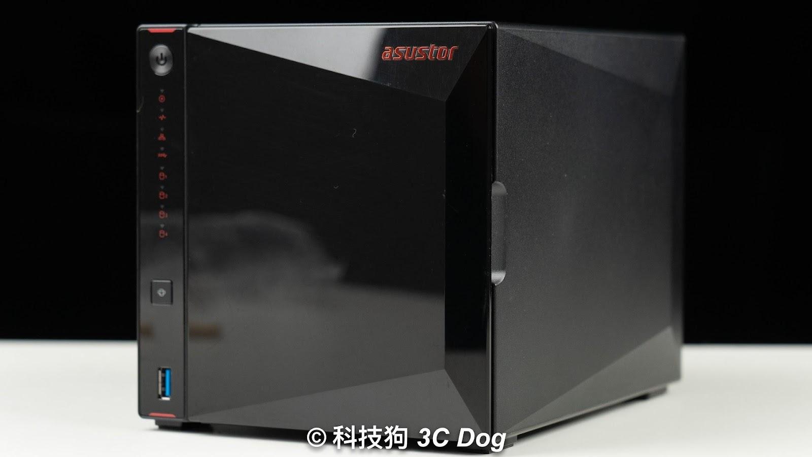 華碩子公司 華芸 ASUSTOR 出的電競 Nas AS5304T 4Bay - 2
