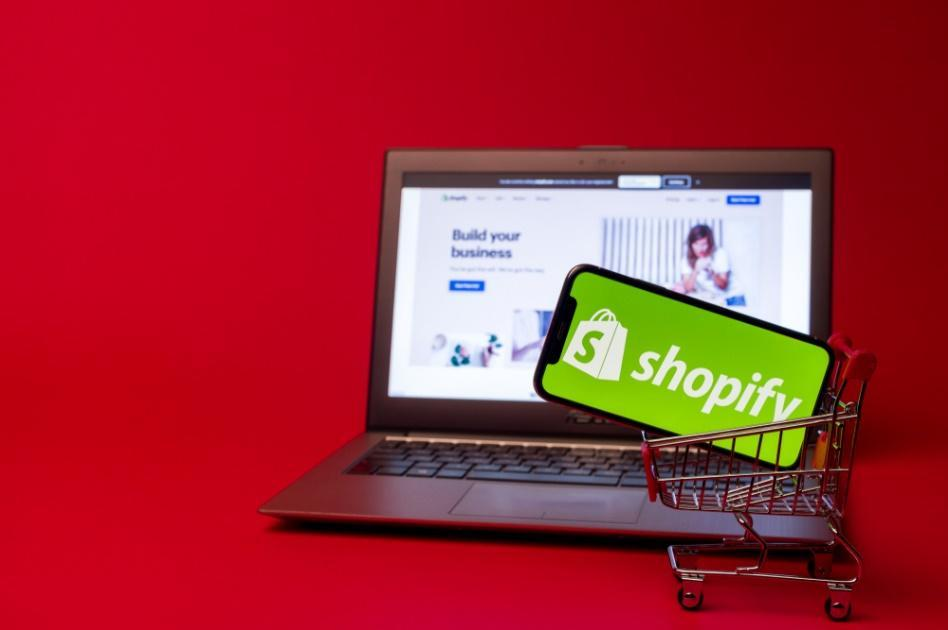 Why shopify to develop your e-commerce site