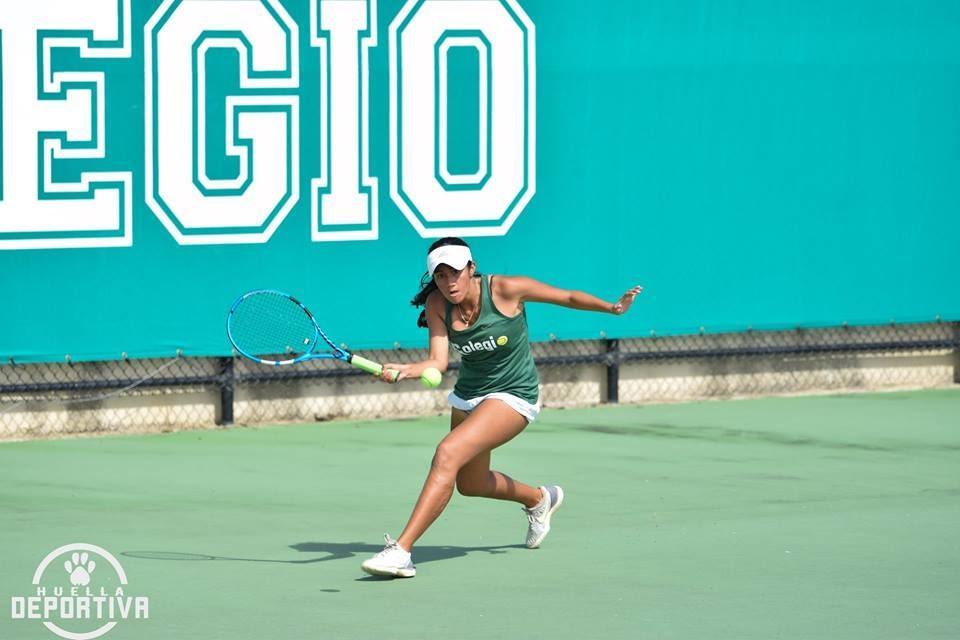 una o varias personas, personas practicando deporte, tenis y exterior