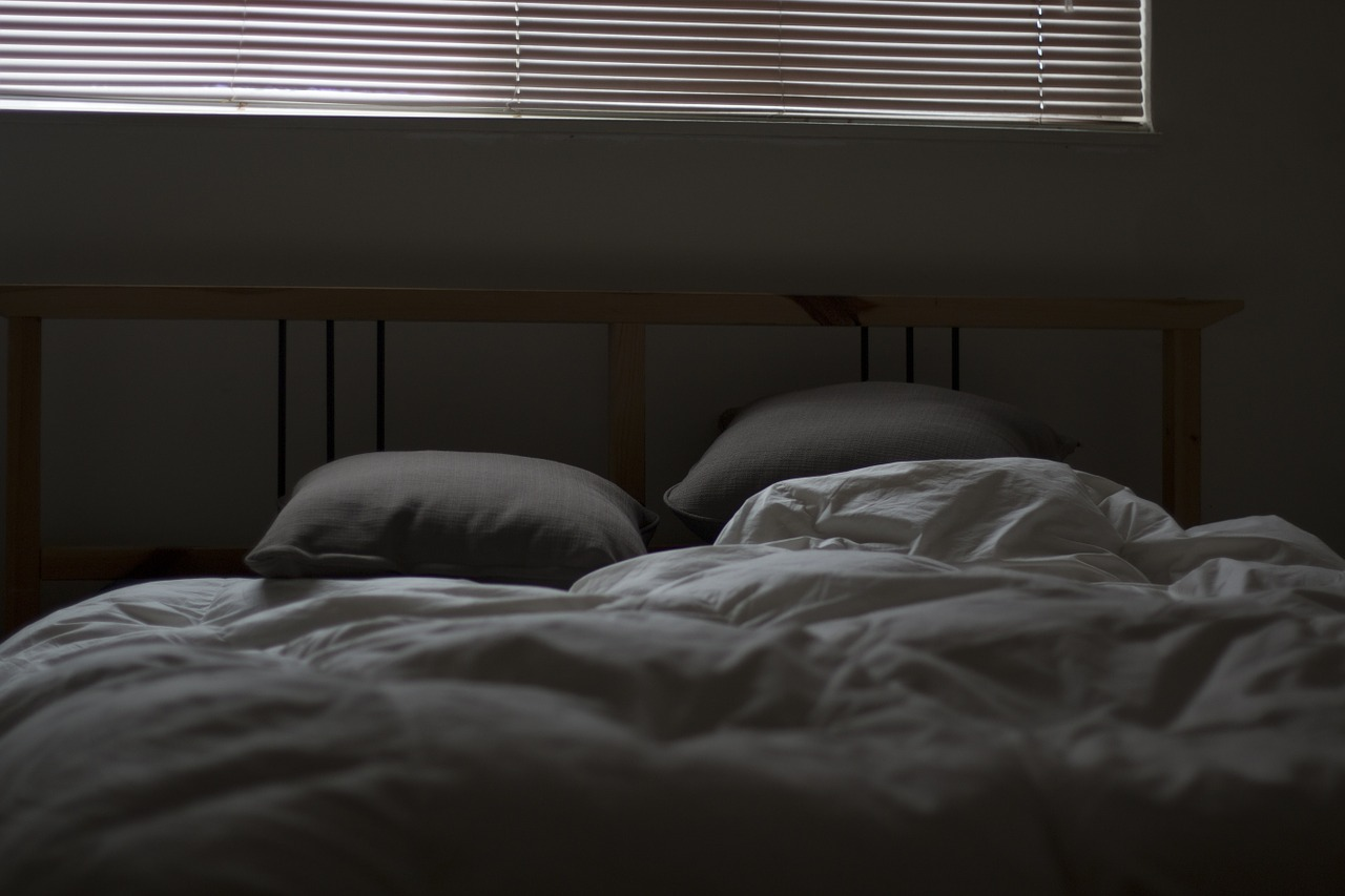 bed-731162_1280.jpg